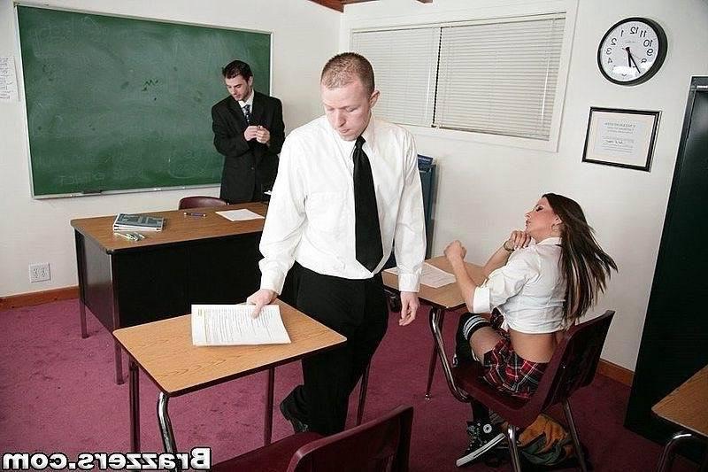Нежный учитель и сексапильная студенточка