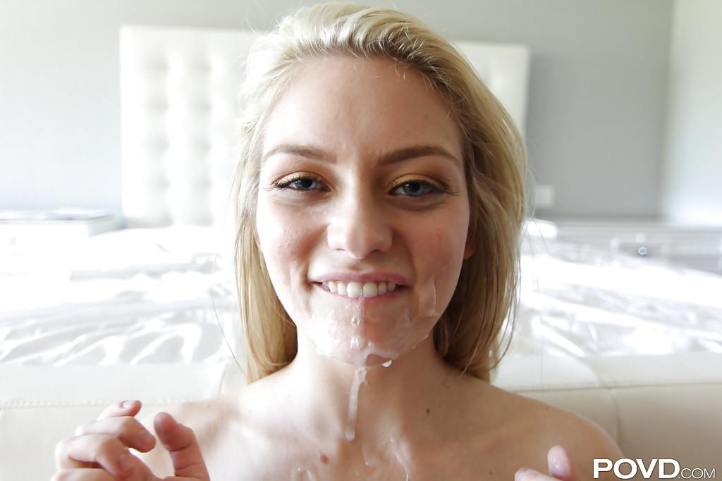 Кунилингус с близкого расстояния и секс в кроватке от первого лица фото порно