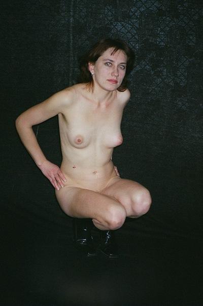 Русские дамочки растопыривают ножки для мужей и ребят